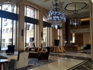 Hotel Tentrem Yogyakarta - Lobi