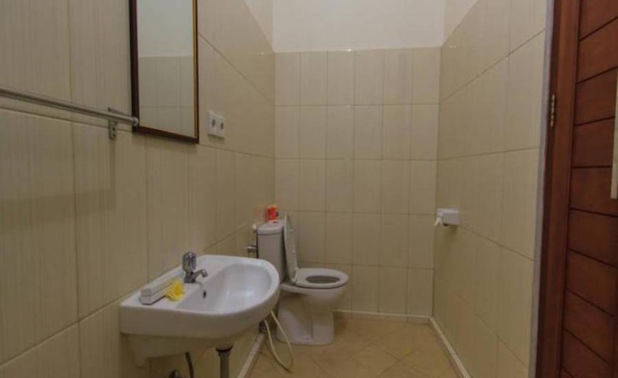 Tinggal Standard at Kuta Kubu Anyar - Kamar mandi