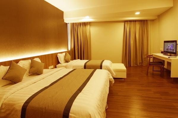 Hotel 61 Medan - Family Deluxe