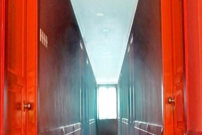 Plaza Hotel Mangga Dua - Corridor