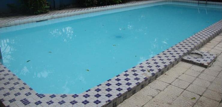 Splendid Hotel Malang - Swimming Pool