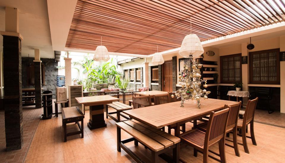 RedDoorz @Gatot Subroto Bandung - Interior