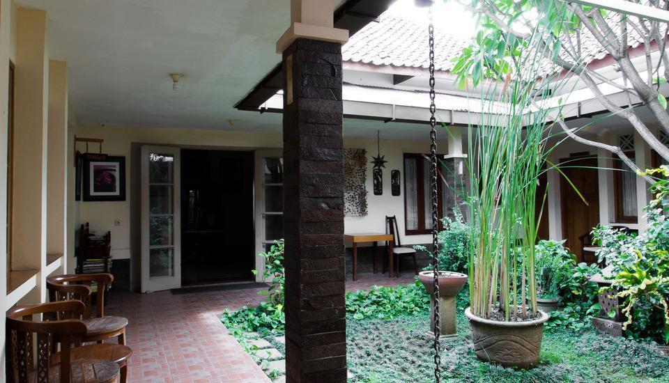 RedDoorz @ Gatot Subroto Bandung - Interior