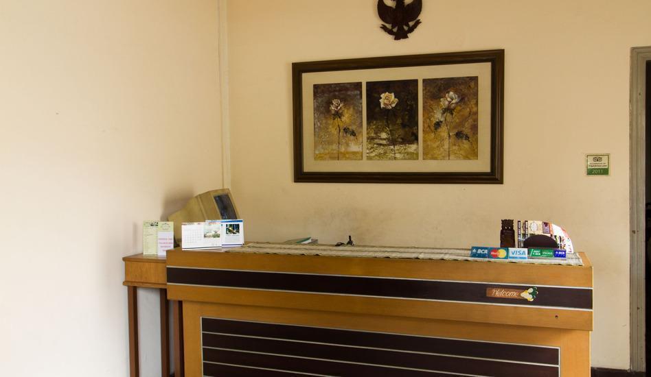 RedDoorz @ Gatot Subroto Bandung - Eksterior