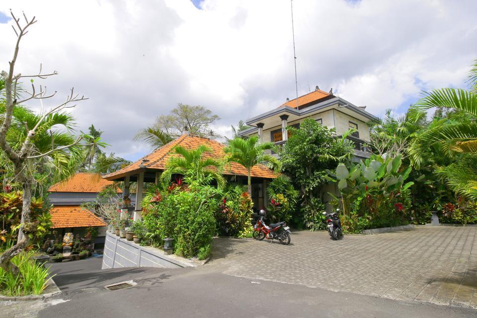 Airy Raya Pengadangan Mengwi 2 Bali - Eksterior