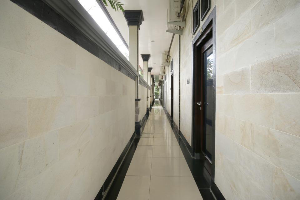 Airy Raya Pengadangan Mengwi 2 Bali - Corridor