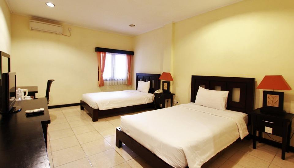 Hotel Intan Sari Bali - Bedroom