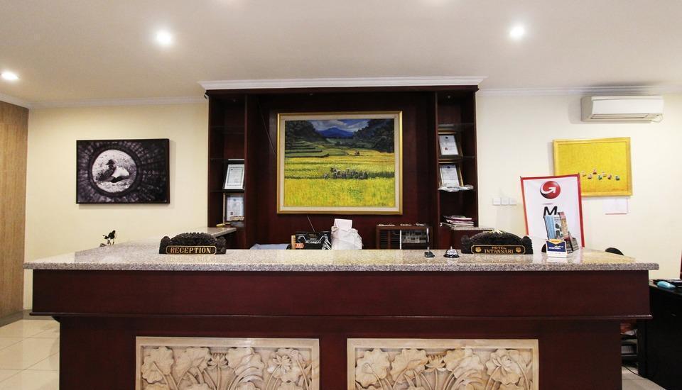 Hotel Intan Sari Bali - Penerima Tamu