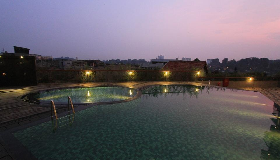 THE 101 Hotel Bogor - Swimming Pool