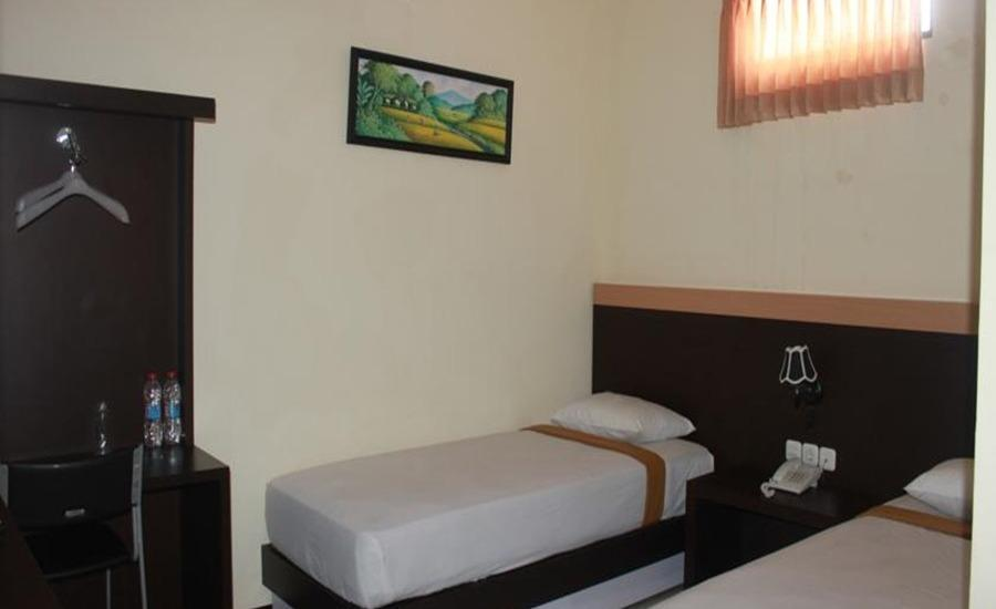 Grand Raggea Hotel Malang - Deluxe Twin Bed Regular Plan