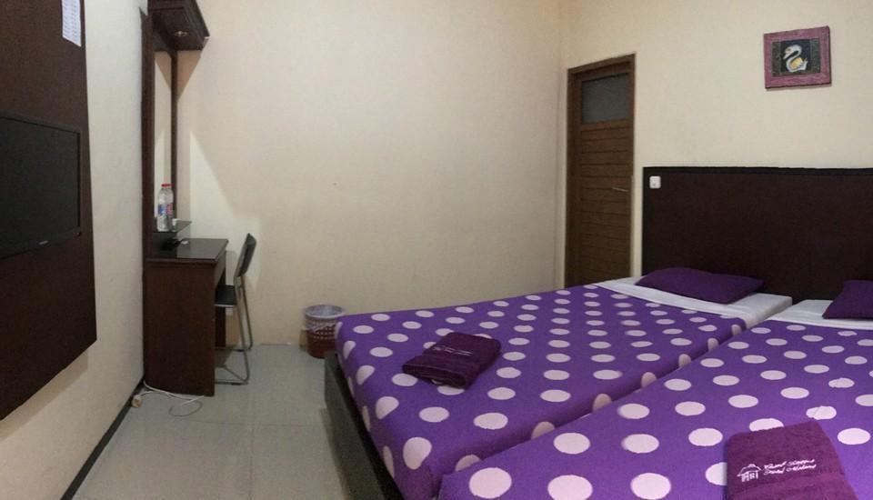 Grand Raggea Hotel Malang - Kamar Standart+ Twin