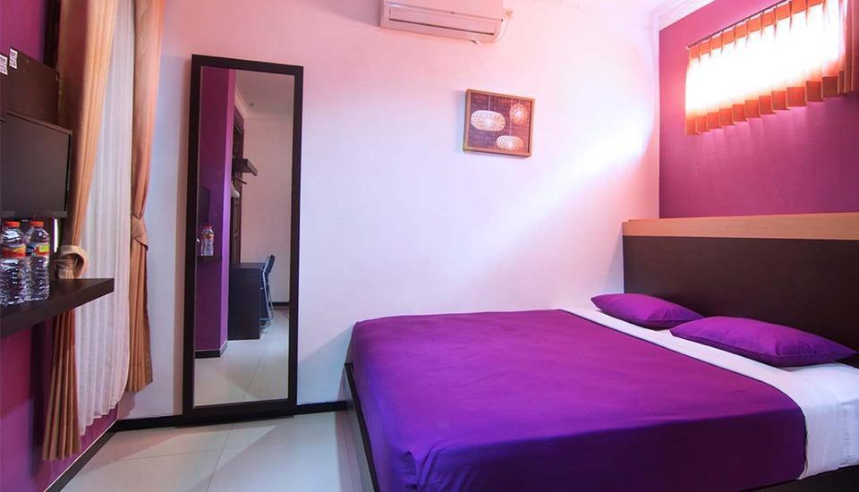 Raggea Malang - Kamar Standart, dengan fasilitas tambahan serta dapat ditambahkan ekstra bed