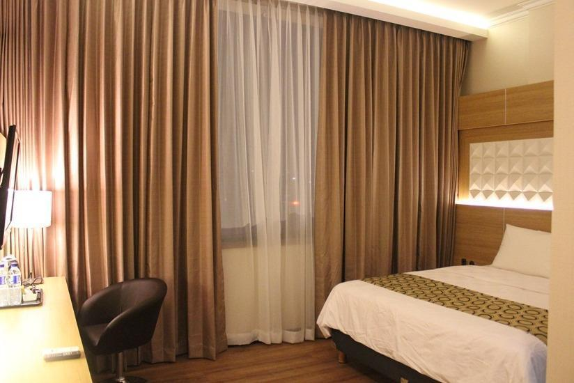 Fontana Hotel Jakarta - Superior Room Breakfast Include Regular Plan
