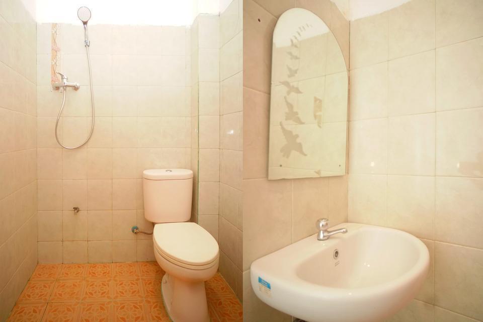 OYO 182 Nugraha Residence Palembang - Standard Double Last