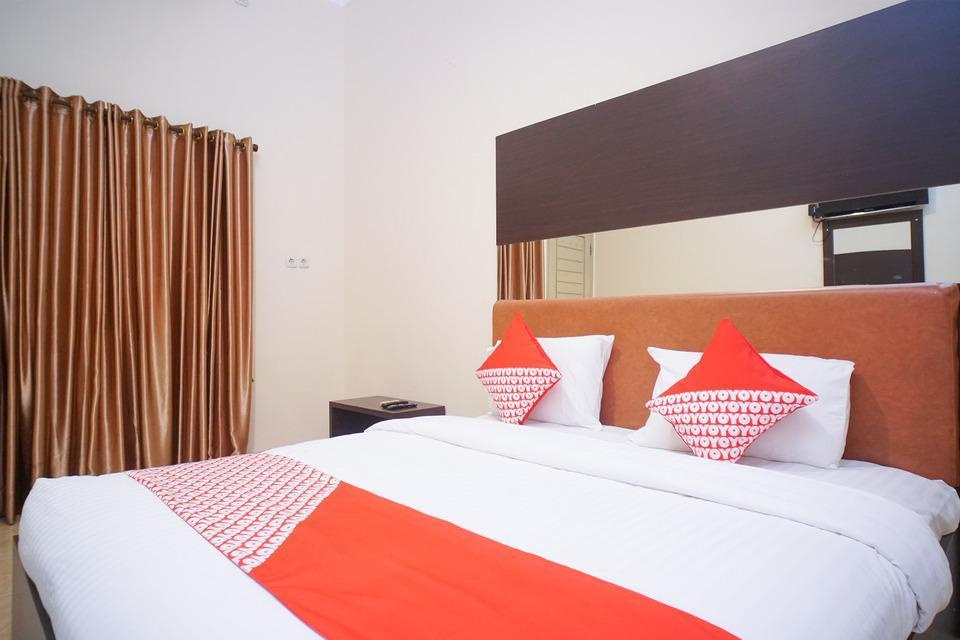 OYO 182 Nugraha Residence Palembang - Deluxe Double Last