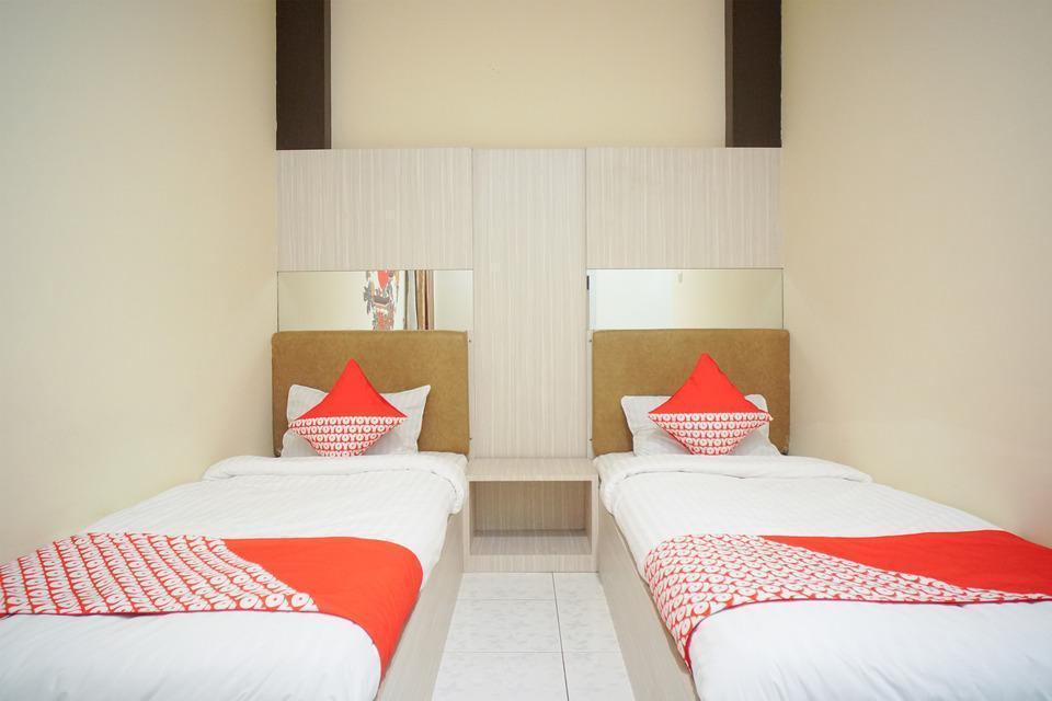 OYO 182 Nugraha Residence Palembang - Deluxe Twin Last