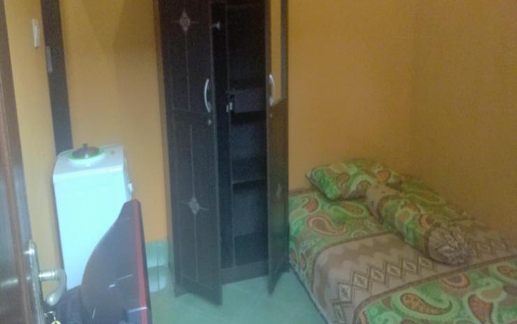 Zahfiraah Guest House Balikpapan - Kamar tidur