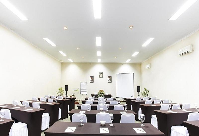 PrimeBiz Karawang Karawang - Ruang Rapat