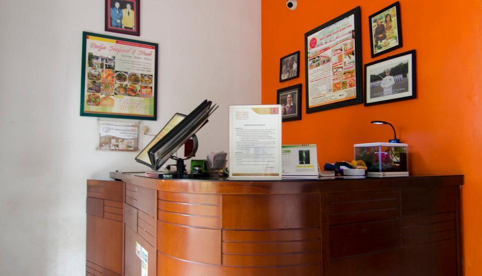 Guest House and Salon Spa Fora Lingkar Selatan Bandung - Resepsionis