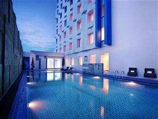 Atria Hotel Magelang -   Kolam Renang