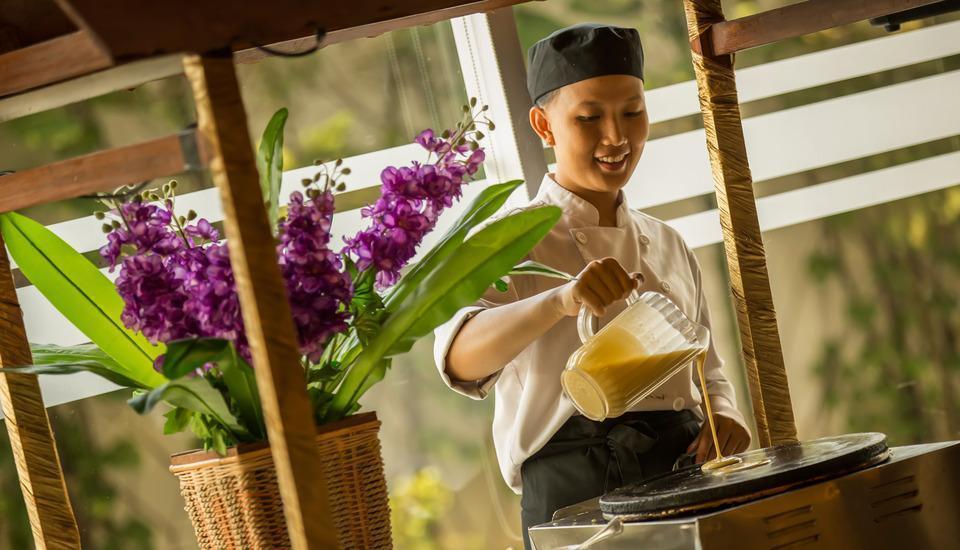 Atria Hotel Magelang - Breakfast_Station