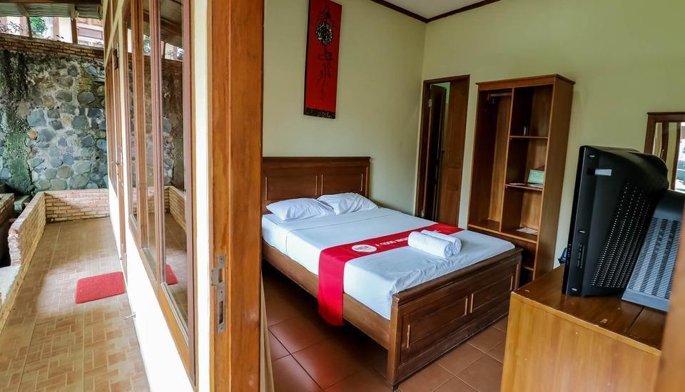 NIDA Rooms Puncak KM 65 Megamendung - Kamar tamu