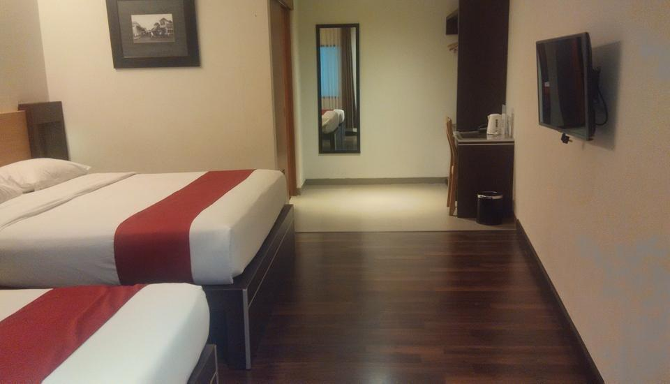 Sukajadi Hotel Bandung - Superior Triple Room Only Basic Deal, Save 30% (No Refund)
