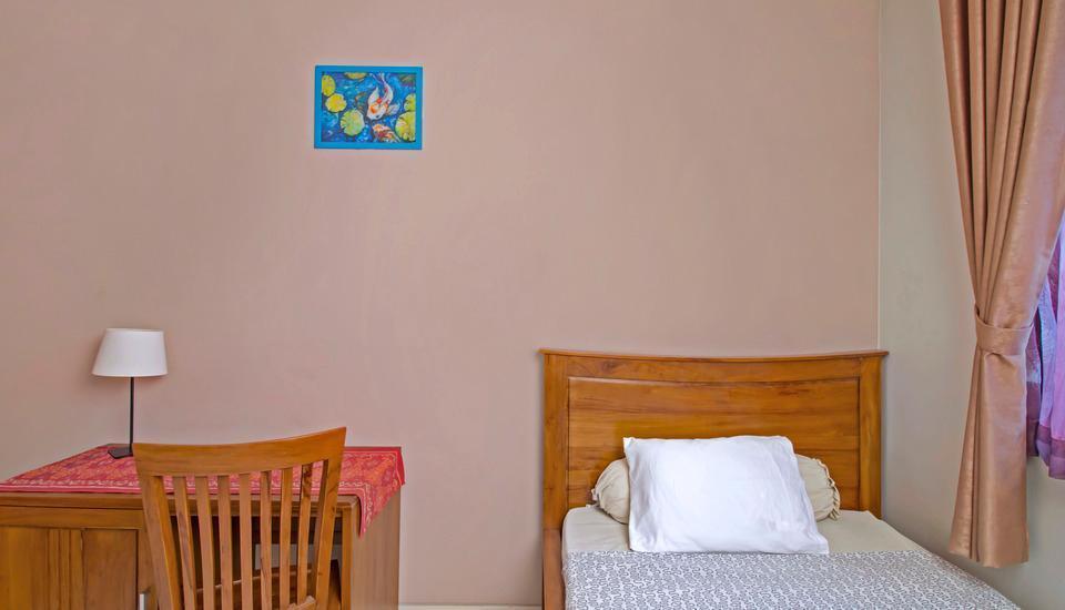 RedDoorz @Tebet Jakarta - Reddoorz Single Room Regular Plan