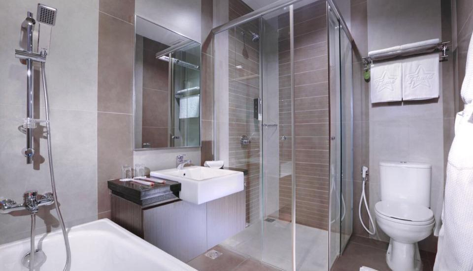 Fame Hotel Batam Batam - Bathroom Executive Room