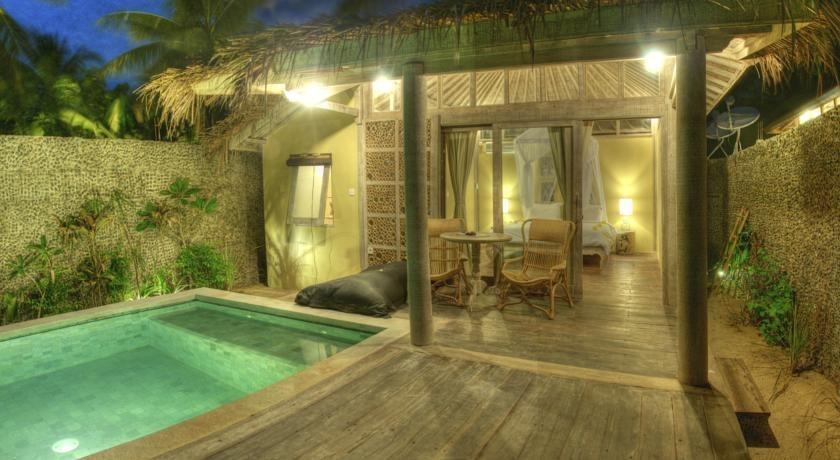 Les Villas Ottalia Gili Meno Lombok - Kolam Renang