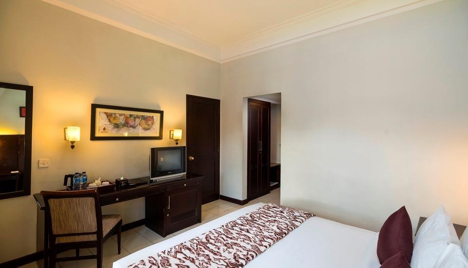Hotel Tirta Sanita Kuningan - kamar deluxe mountain