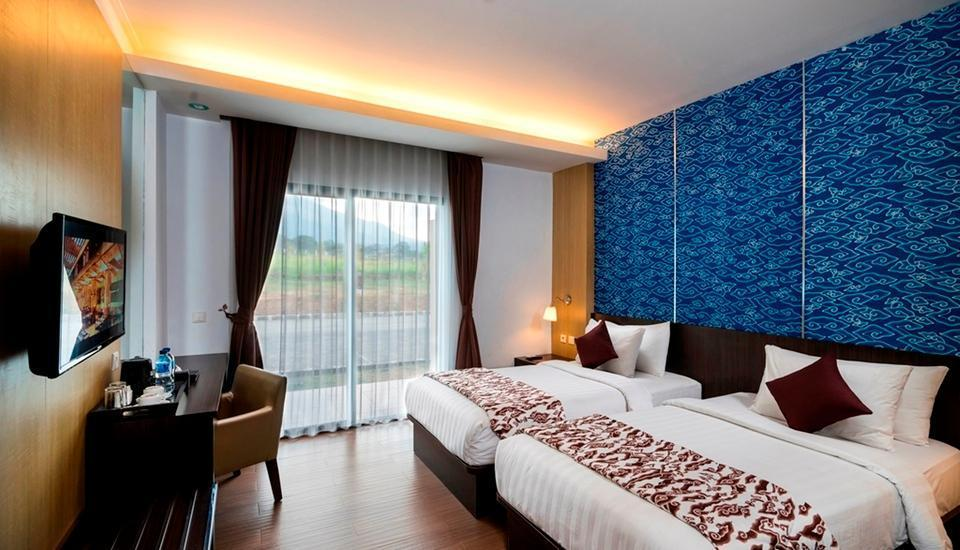 Hotel Tirta Sanita Kuningan - kamar deluxe business