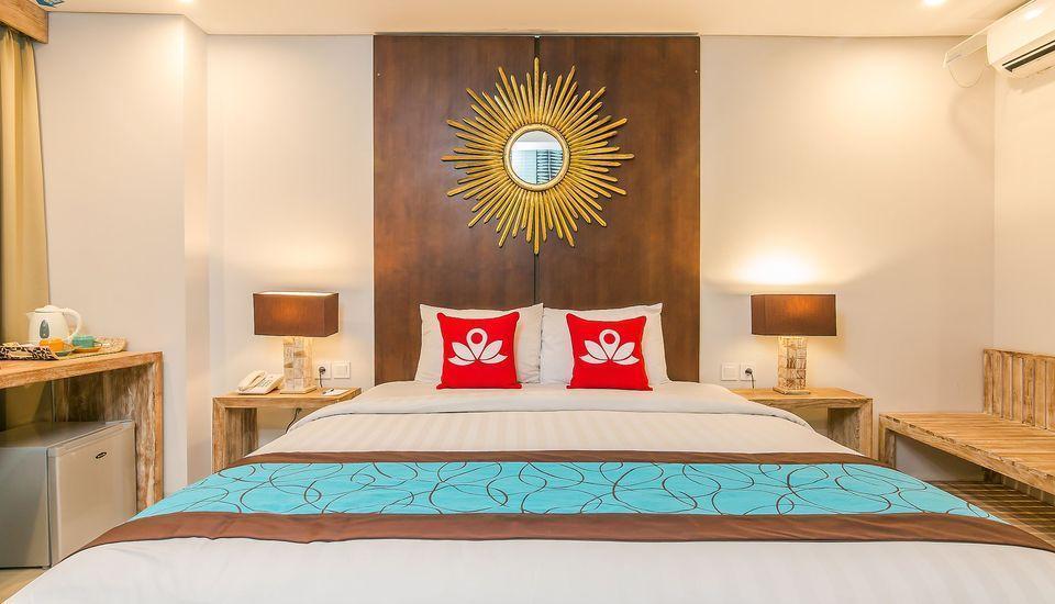 ZEN Premium Seminyak Drupadi 3 Bali - Tampak tempat tidur double