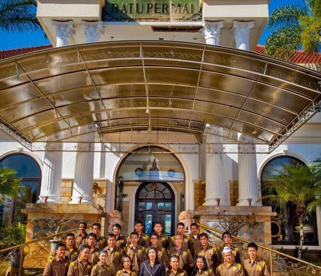 Hotel Batu Permai Malang - Staff