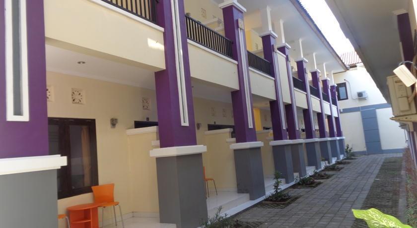 Bakung Sunset Hotel Bali - Tampilan Luar
