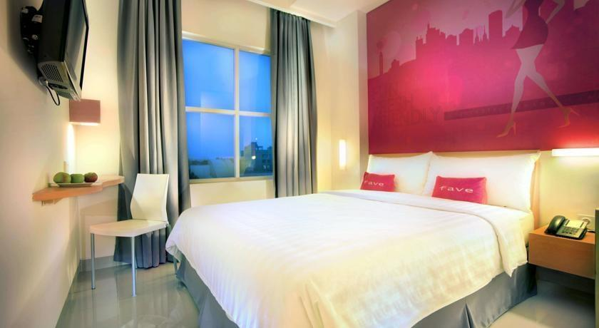 favehotel Kemang - Standard Room With Breakfast Regular Plan
