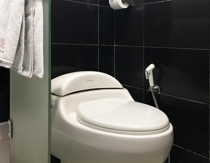 Helios Hotel Malang - Kamar mandi