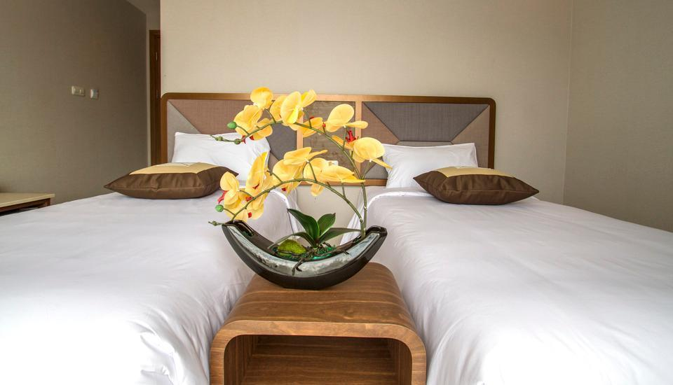 Sawana Suites Jakarta - Deluxe Twin Bed Room - With Breakfast Regular Plan