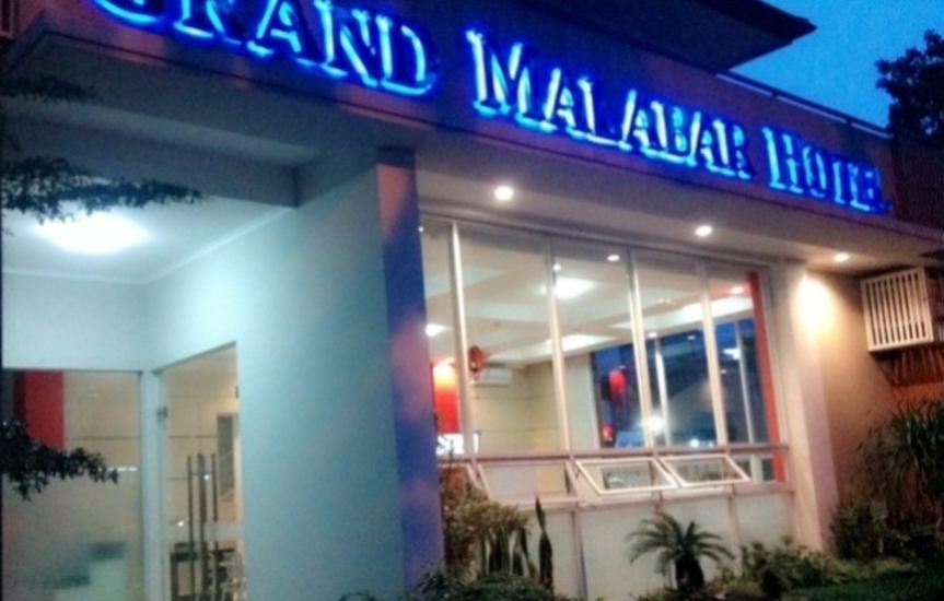 Grand Malabar Hotel Bandung - MINI GARDEN MALAM