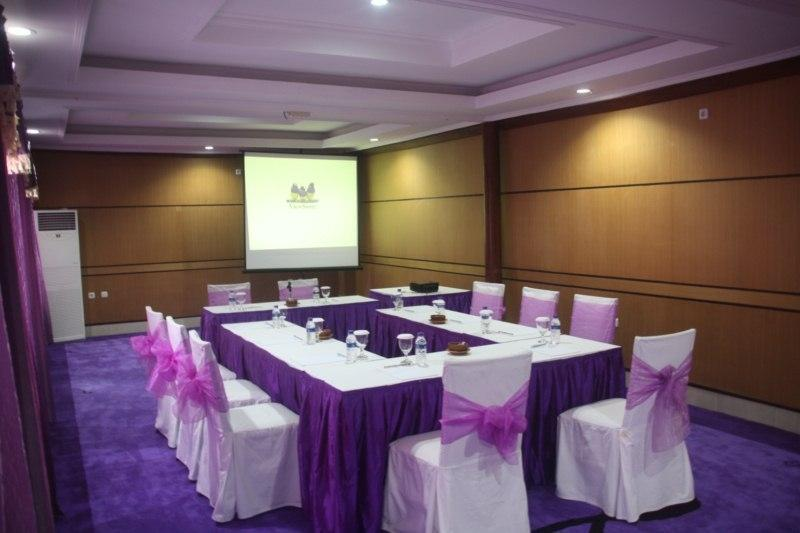 Lavender Luxury Villa & Spa Bali - Meeting Room