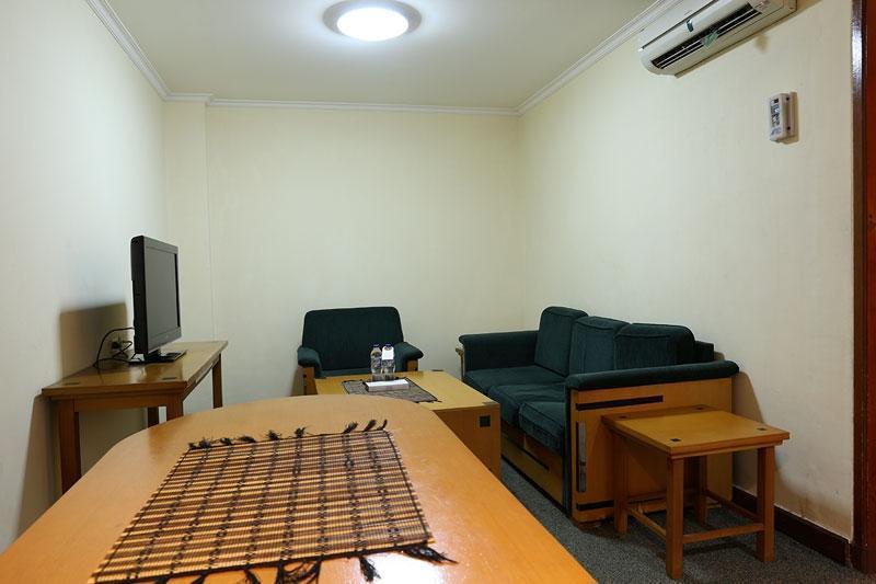 Hotel Mega Anggrek Jakarta - Semi Apartment
