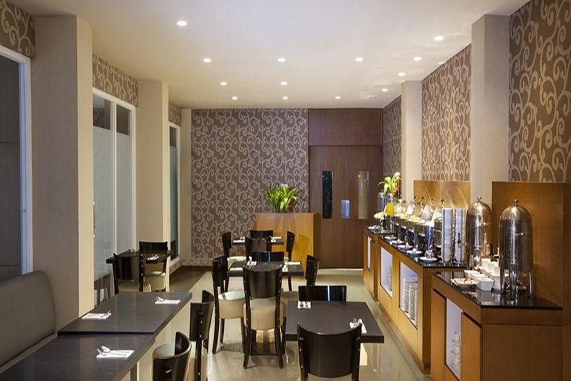 The Grove Express Hotel Jogja - Ruang Makan
