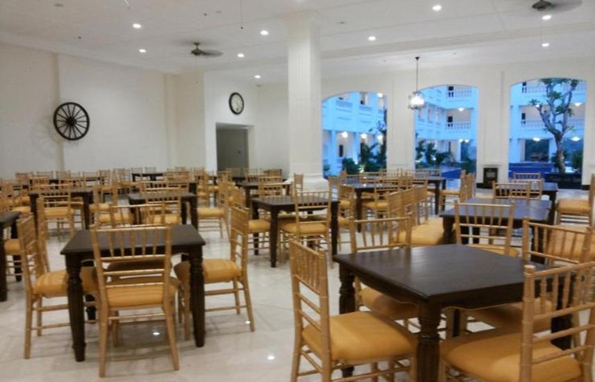 Same Hotel Cepu Blora - Restaurant