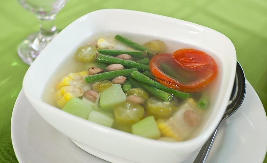 Tlogo Resort & Goa Rong View Salatiga - Makanan dan minuman
