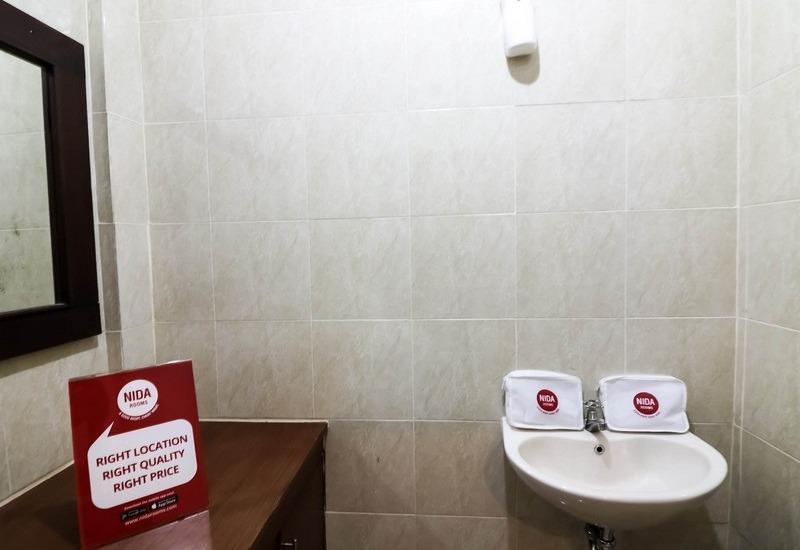 NIDA Rooms Legian Beach Pengera Cikan Kuta - Kamar mandi