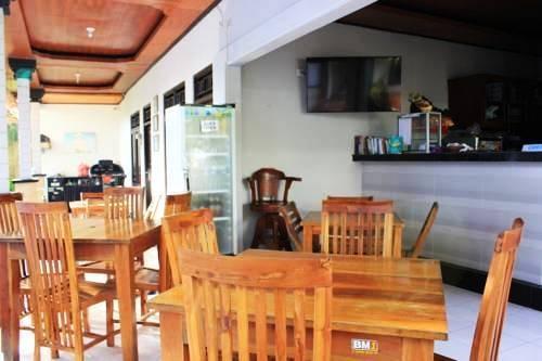 NIDA Rooms Legian Beach Pengera Cikan Kuta - kafe