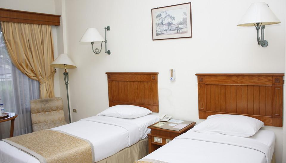 Hotel Parama Puncak - Standard Room With Breakfast Regular Plan