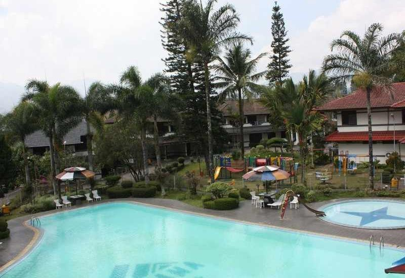 Hotel Parama Puncak - Swimming Pool