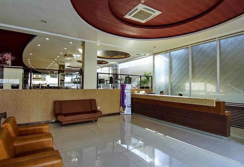 Hotel Raffleshom Bandung - Lobby