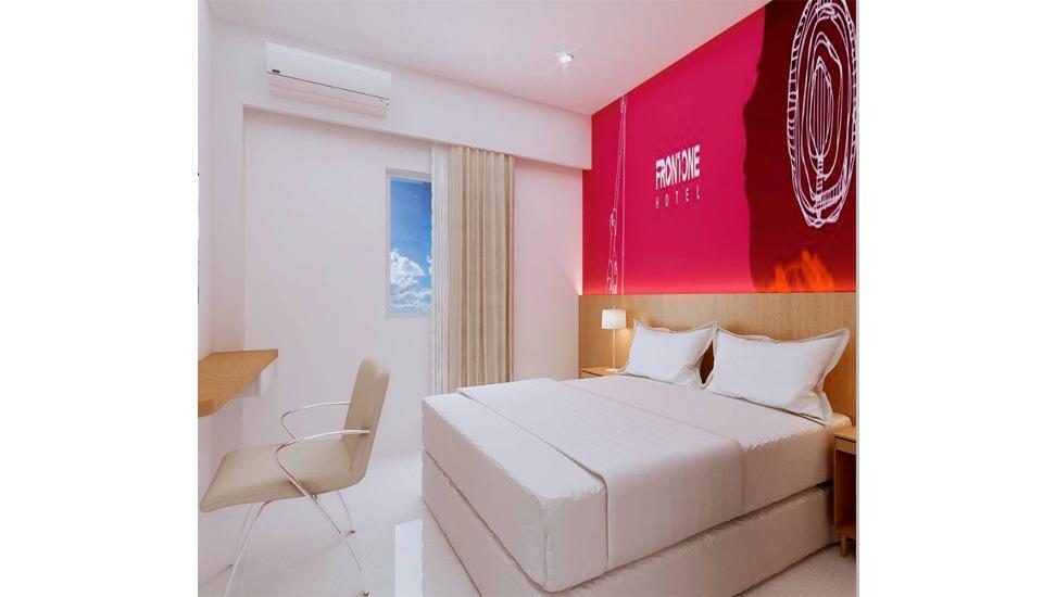 Fortune Front One Hotel Kendari Kendari - Room